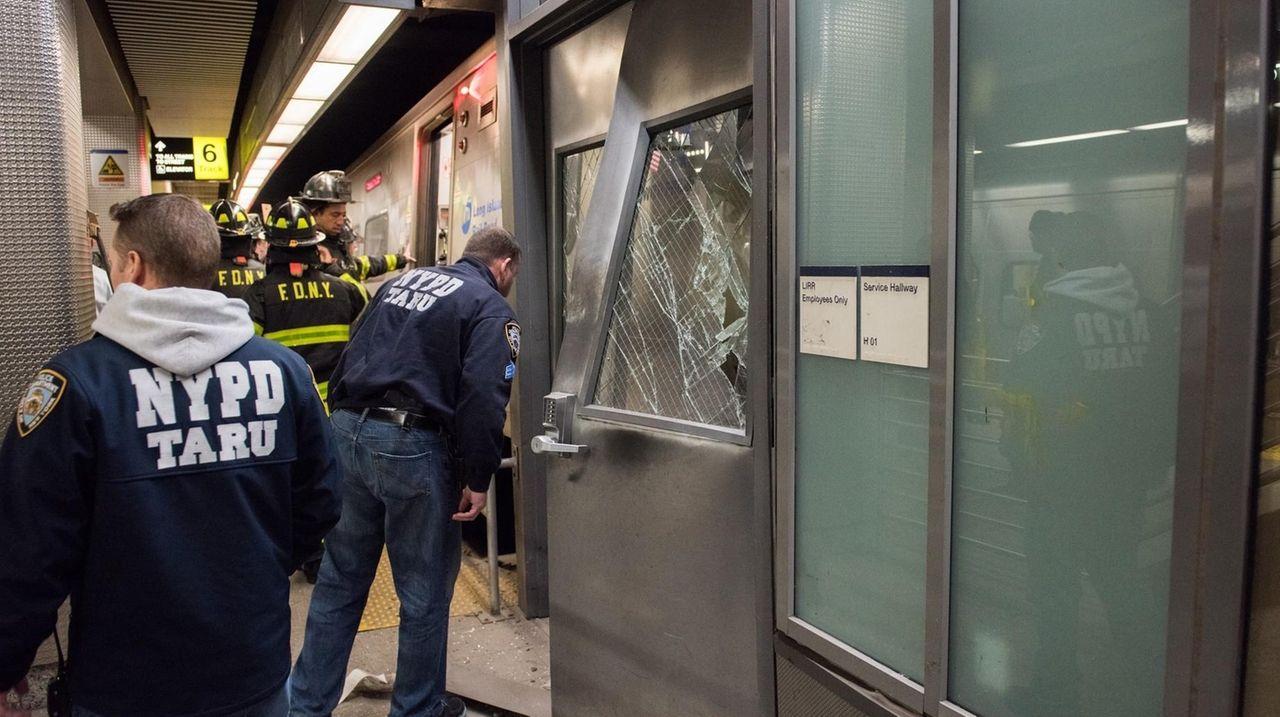 An LIRR train derailed at Atlantic Terminal in