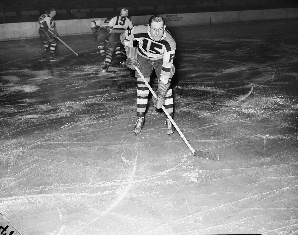 Milt Schmidt, a Hockey Hall of Famer and