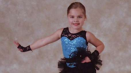 Kidsday reporter Cayla Reischman has been dancing since