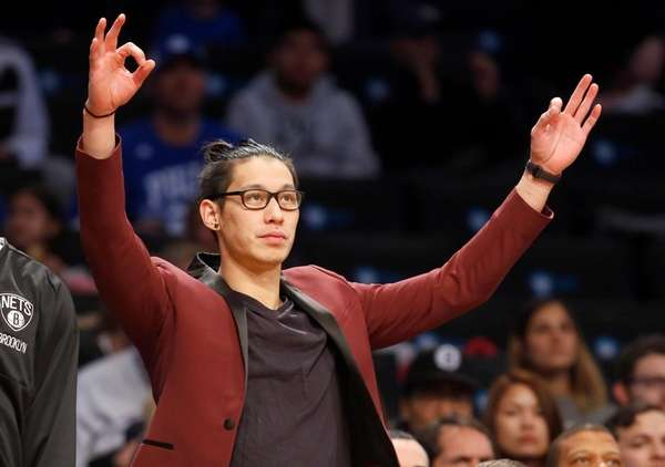 Jeremy Lin of the Brooklyn Nets reacts on