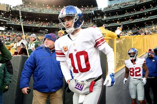 Giants give Eli heads up after taking QB Webb