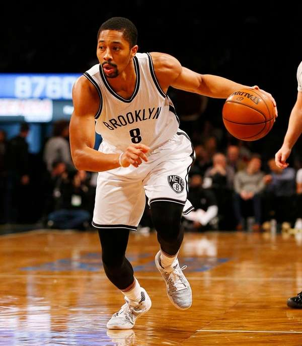 Spencer Dinwiddie of the Brooklyn Nets controls the