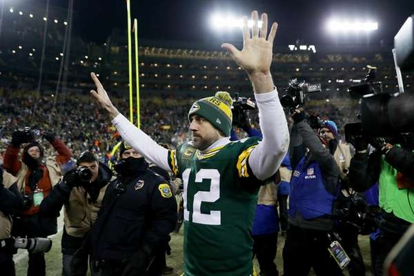 Rodgers, Packers knock out Cowboys in final second