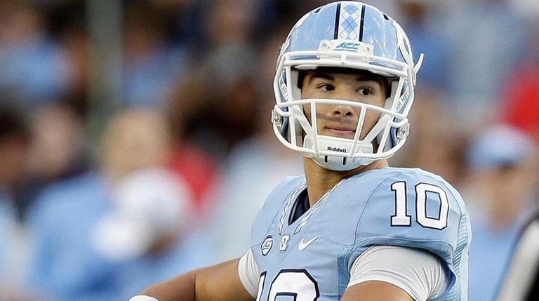 North Carolina quarterback Mitch Trubisky looks to pass
