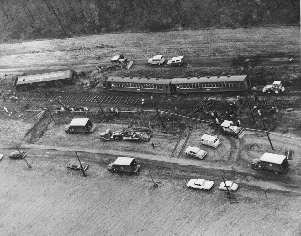 On Dec. 3, 1963, a westbound LIRR train