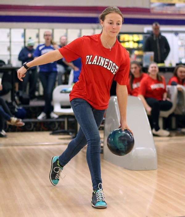 Plainedge's Cailin Cleary during the Nassau High School
