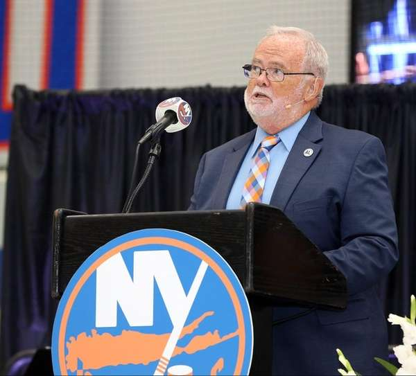 Islanders former play-by-play voice and Hockey Hall of