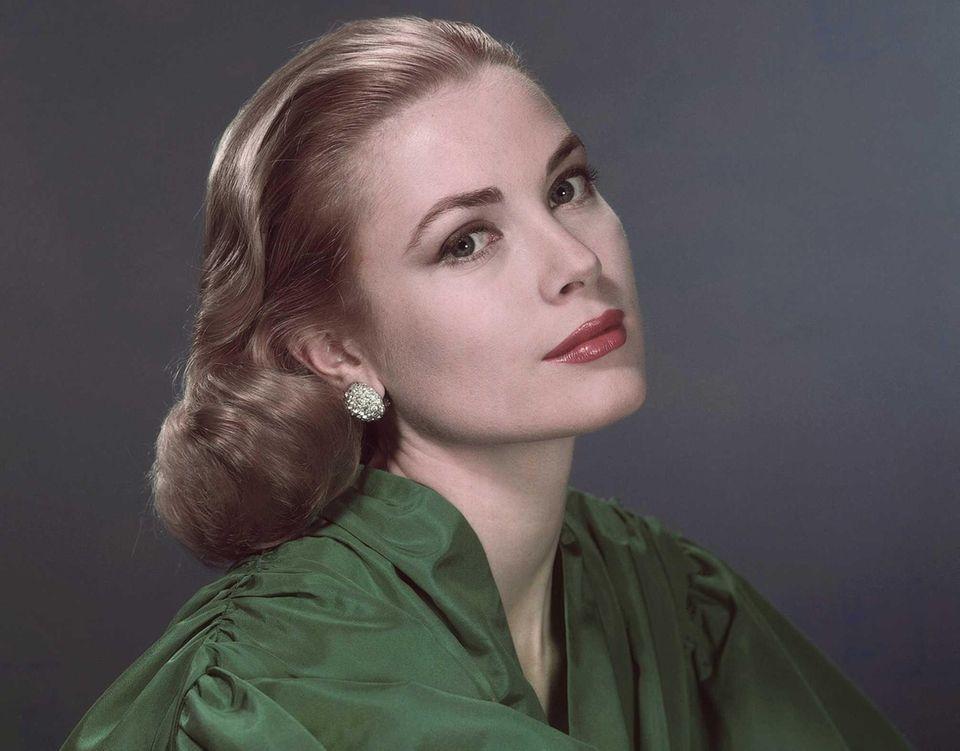 Princess Grace of Monaco -- formerly Grace Kelly