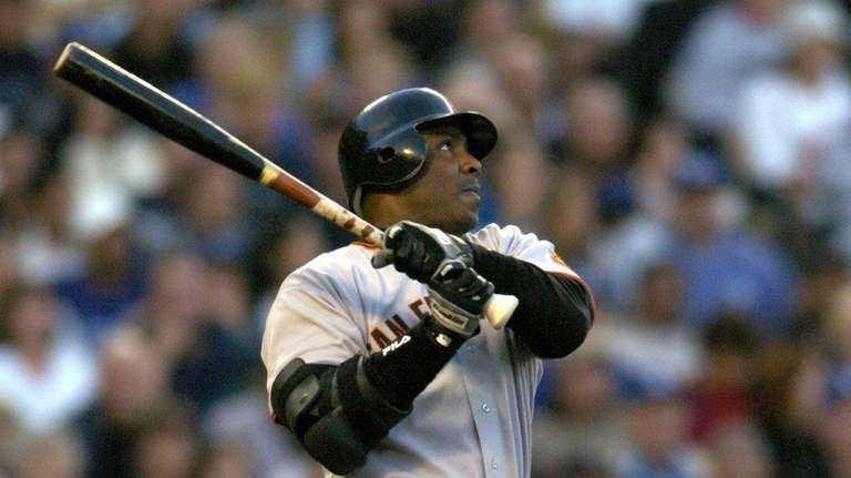Barry Bonds of the San Francisco Giants hits