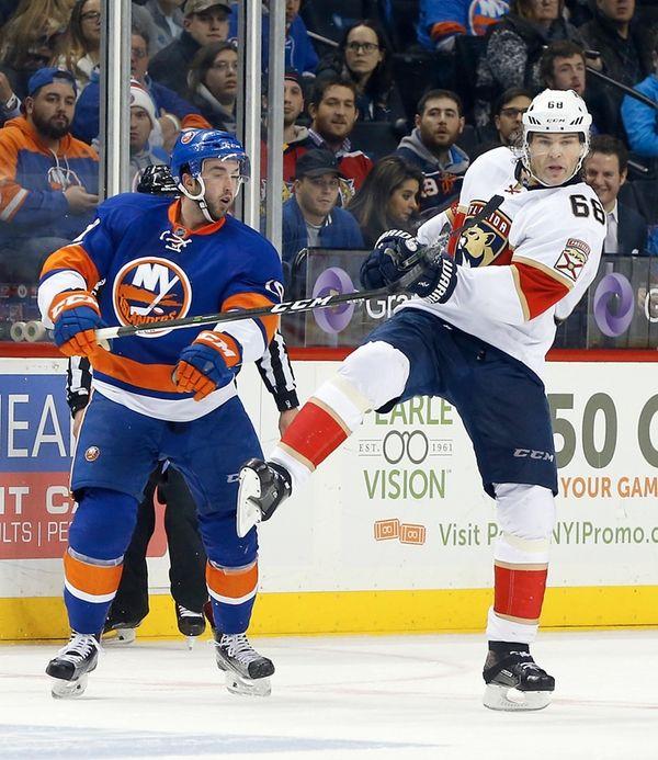 Alan Quine #10 of the New York Islanders