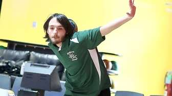Seaford's Chris Mirer practices before match against Freeport