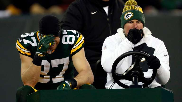 Green Bay Packers wide receiver Jordy Nelson leavesduring