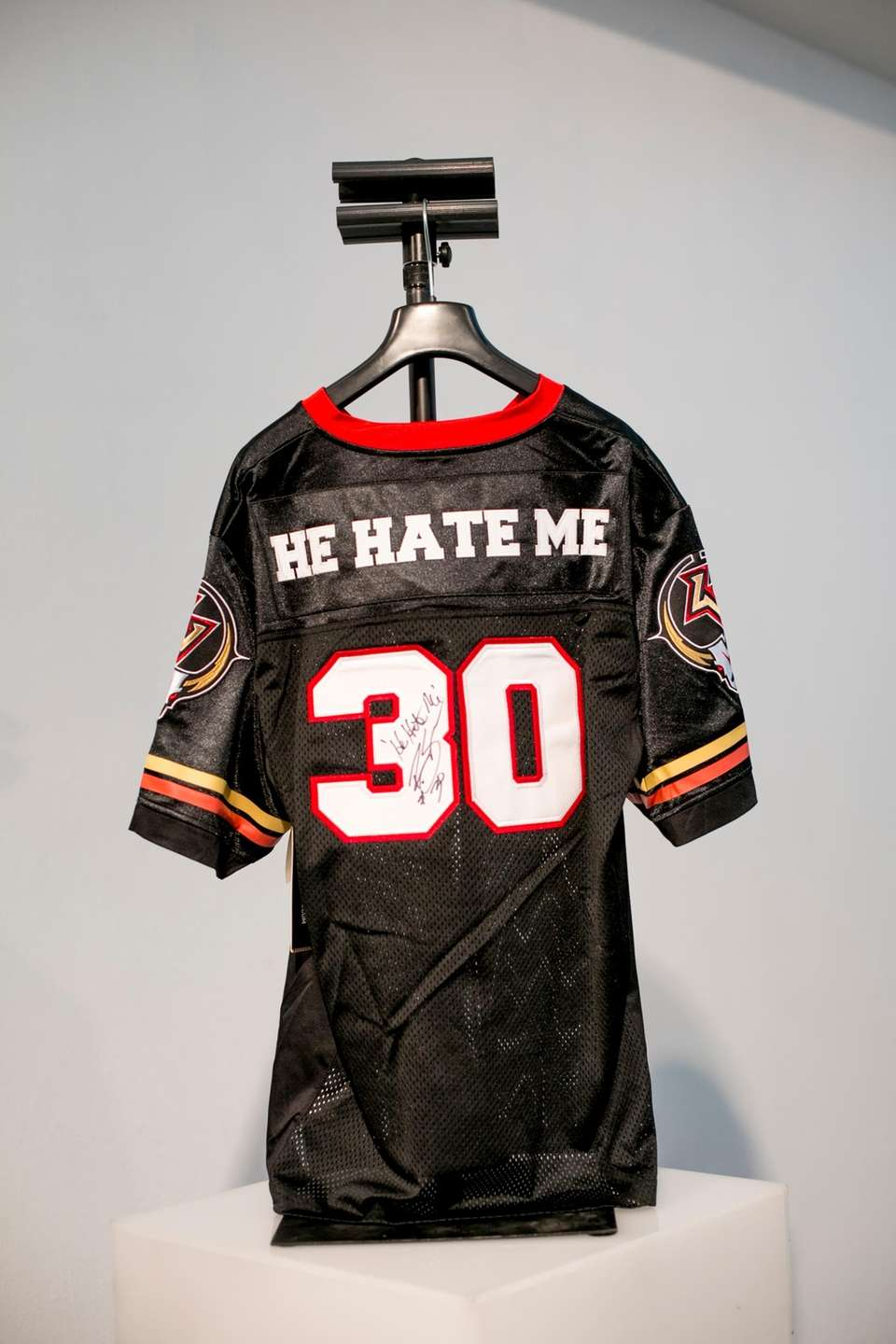 Las Vegas Outlaws player Rod Smart's jersey at