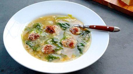 Italian wedding soup with little meatballs, escarole and