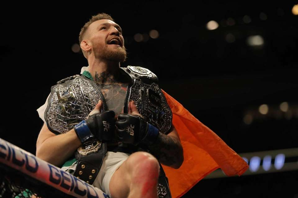 First title: UFC featherweight championship Conor McGregor knocked