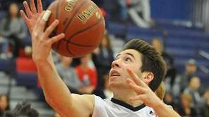Matt Licciardi of Cold Spring Harbor drives to