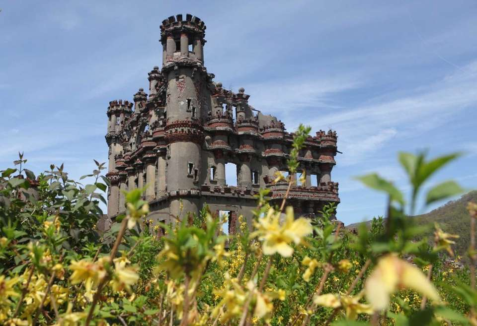 The crumbling remains of Bannerman Castle are situated