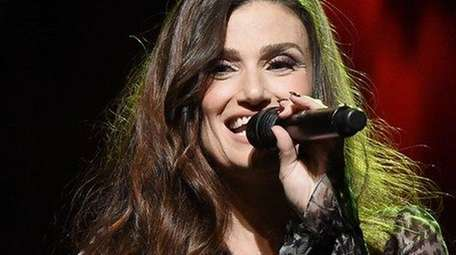 Idina Menzel will launch her national tour at