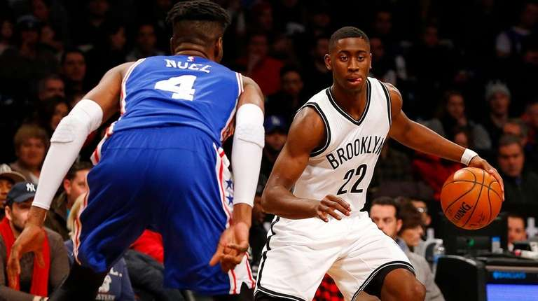 Caris LeVert #22 of the Brooklyn Nets controls