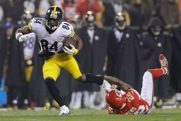 Antonio Brown, in action for the Steelers against