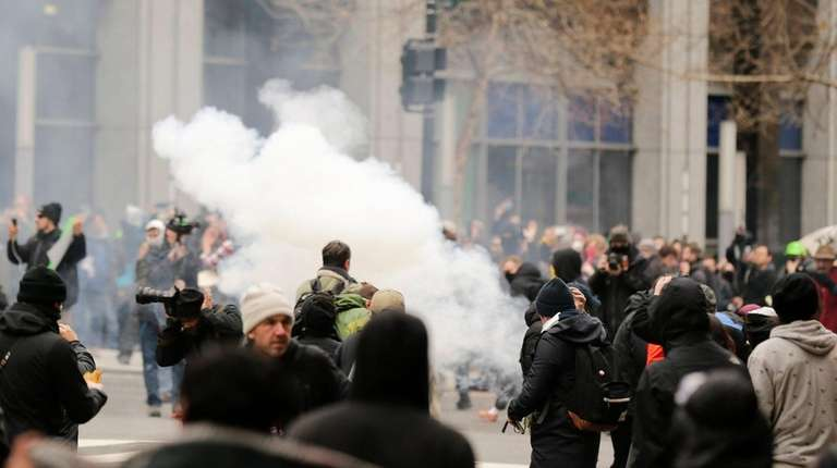 Police deploy smoke and pepper grenades during clashes