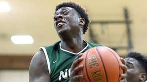 Valley Stream North's Shamari Griffith goes to the