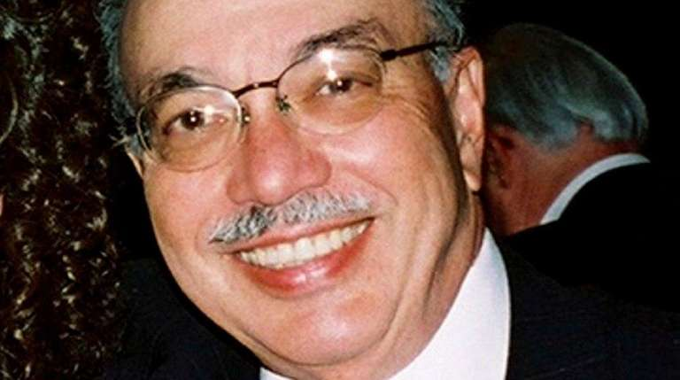Former Newsday writer Murray Frymer died at age