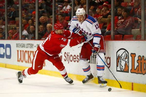 Kevin Hayes #13 of the New York Rangers