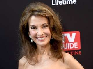 Susan Lucci, who lives in Garden City, arrives