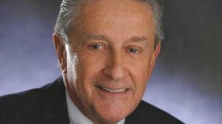 Douglas Manditch, chairman and CEO of Empire Bancorp,