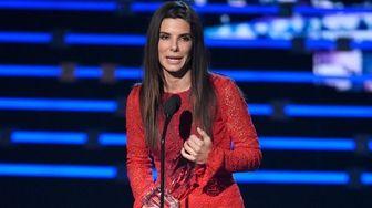 Sandra Bullock accepts the award for favorite movie