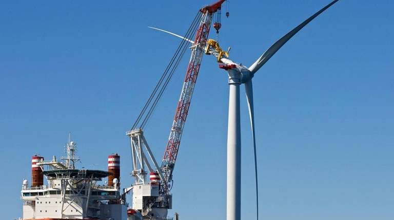 A 15-turbine offshore wind farm would connect to