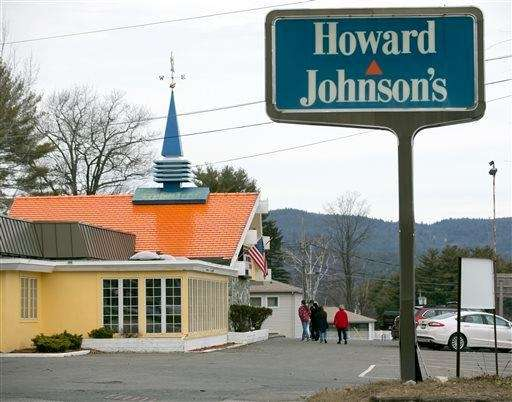 Customers walk into Howard Johnson's Restaurant in Lake