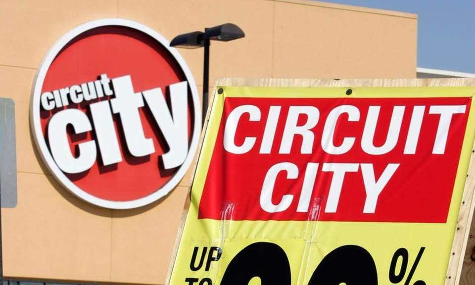 Electronics retailer Circuit City had 567 stores in