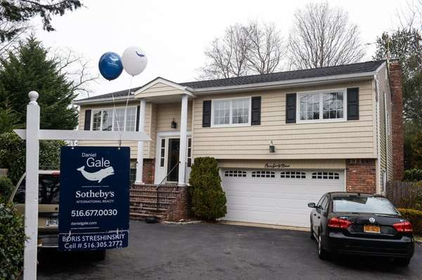 Report: LI home prices up 4.9% over last year