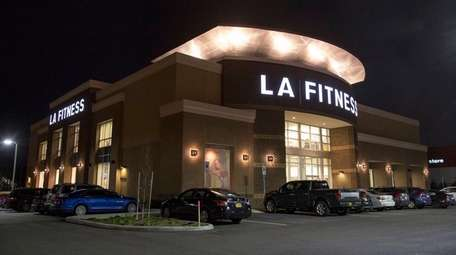 The L.A. Fitness pool and spa, where Nassau