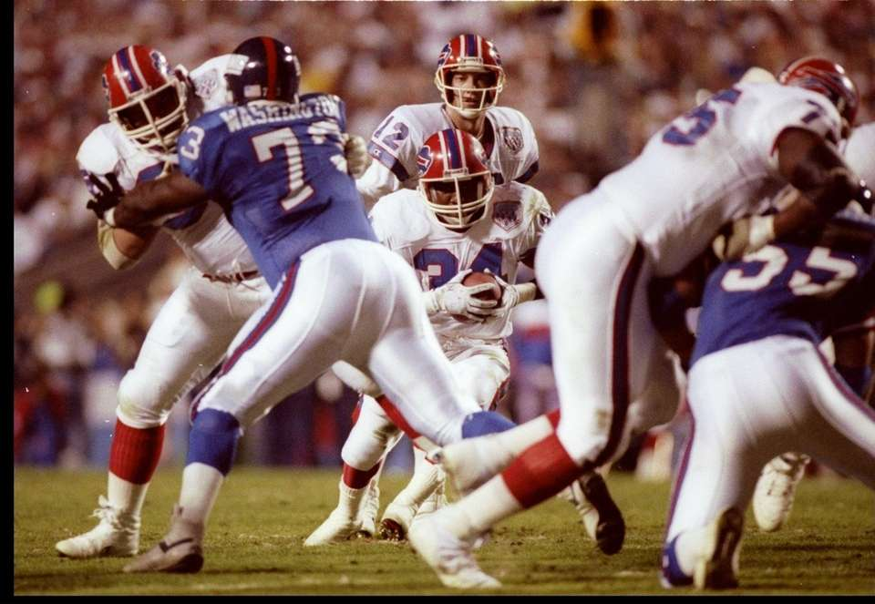 Running back Thurman Thomas of the Buffalo Bills