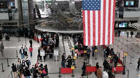 A man at Kennedy Airport attacked a Muslim