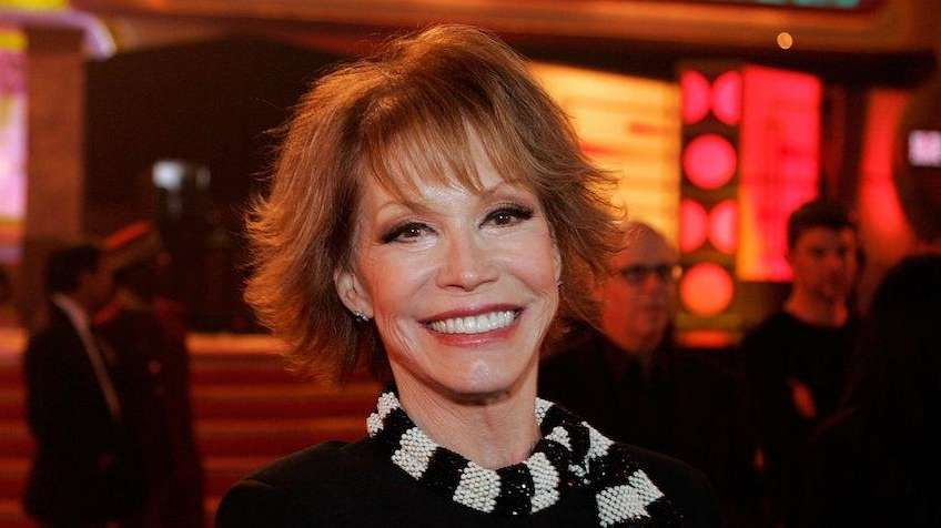 Mary Tyler Moore has been laid to rest