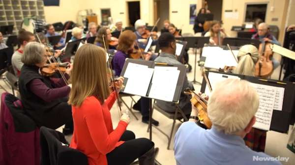 The Northport Symphony Orchestra is made up ofdoctors,