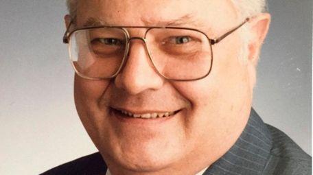 Arthur G. Perfall, a former Newsday managing editor