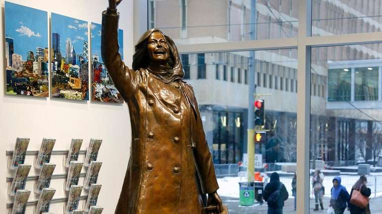 Gillen's sculpture of Mary Tyler Moore stood outside