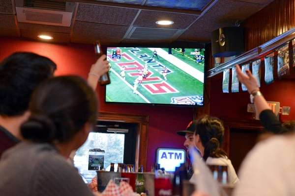 Football fans can watch the Super Bowl on
