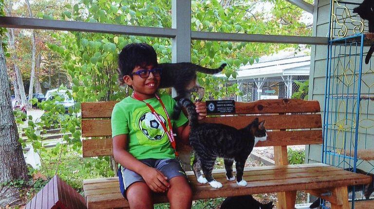 Kidsday reporter Antonio Morrow at the Kent Animal
