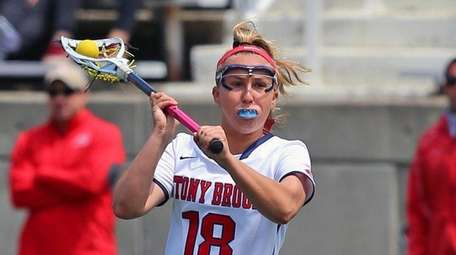 Stony Brook's Courtney Murphy returns after setting a