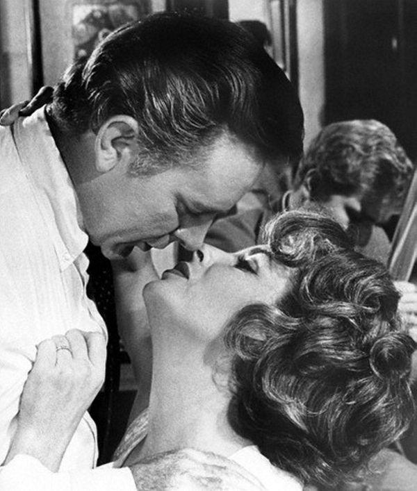 Richard Burton and Elizabeth Taylor in a scene