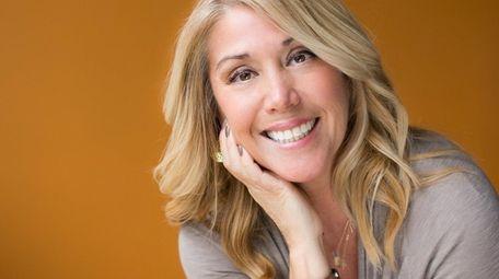 Huntington author Jackie Azúa Kramer reads her new