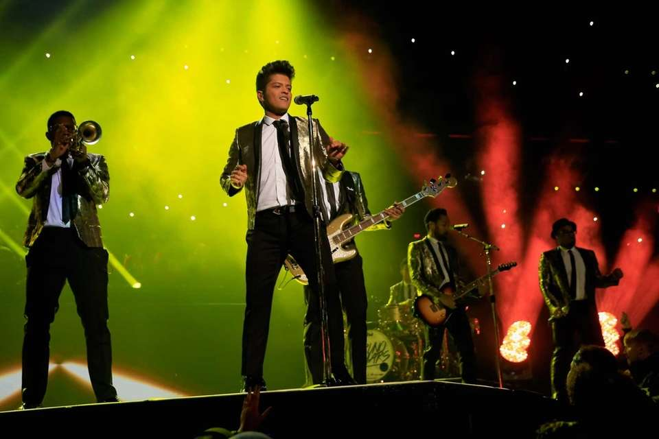 Super Bowl XLVIII halftime headliner Bruno Mars proved