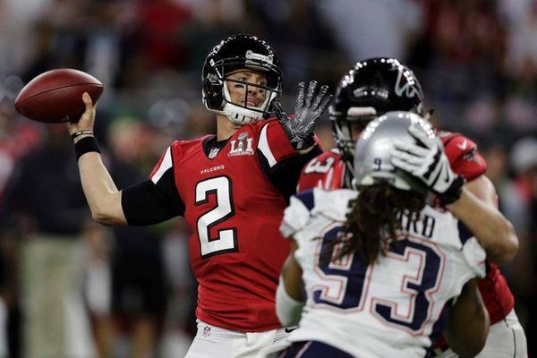 Atlanta Falcons' Matt Ryan throws a touchdown pass