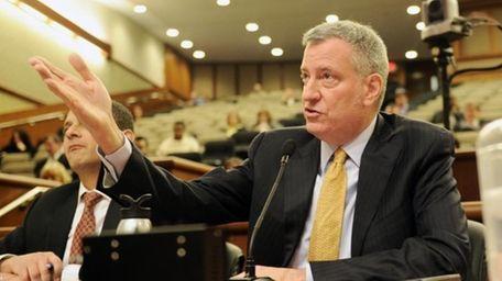 New York City Mayor Bill de Blasio testifies
